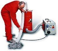 beczka naodpadki dozbierania resztek materialow dociepleniowych zagregatem - maszyna x-floc dowdmuchiwania materialow izolacyjnych - derowerk