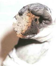 Naturalne materialy izolacyjne aochrona przeciwpozarowa - ognioodpornosc celulozy przekonuje inwestorow, wladze istraz pozarna - pozar domu wMeckenheim - isofloc f - derowerk