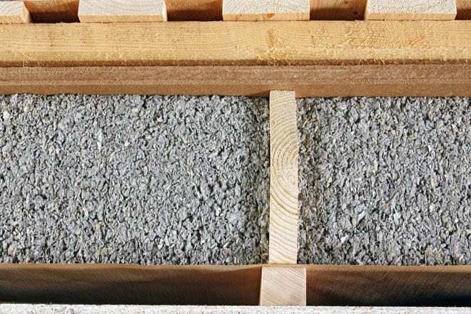 Ocieplenie poddasza i dachu - kompendium - wdmuchiwanie celulozy efekt - derowerk