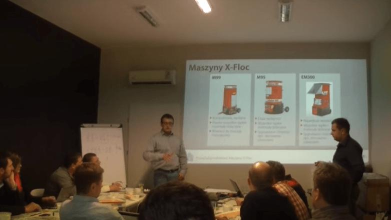 Maszyny do docieplania wełną mineralną – szkolenie X-FLOC i Knauf