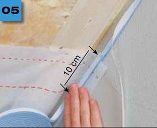 Primur wrolce - tasma zelowa dotrwalego iszczelnego laczenia folii imembran zmurem - otynkowany mur 5 - derowerk