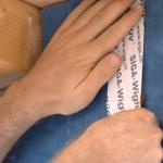 Jednostronna szeroka taśma klejąca douszczelniania zewnętrznych połączeń iprzebić wmiejscach osobliwych