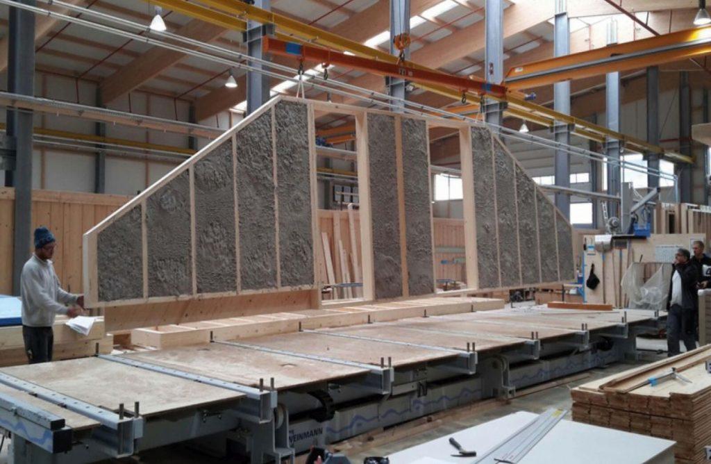 Drewniana ściana z celulozą Isocell For You