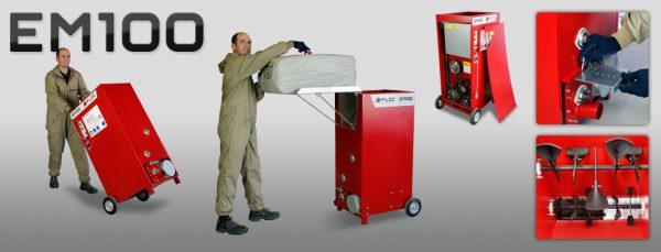 EM100 to najmniejsza maszyna do wdmuchiwania materiałów izolacyjnych