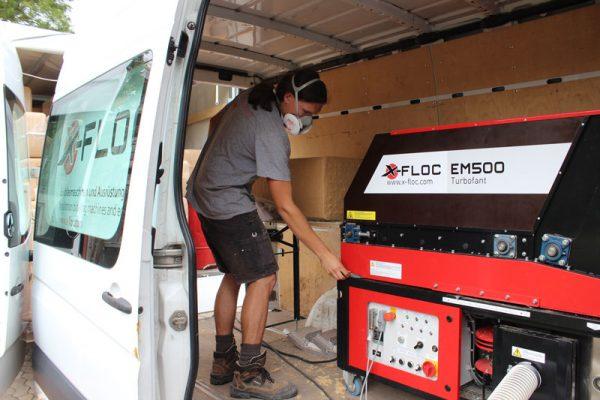 EM500 X-FLOC wydajna maszyna do wdmuchiwania z automatycznym podajnikiem materiału